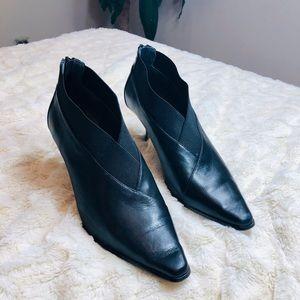 Donald J. Pliner Black Leather Leta Booties